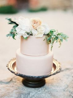 two tiers dusty peach wedding cakes