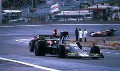 "Bengt Ronnie Peterson (SWE) (John Player Team Lotus), Lotus 76 - Ford-Cosworth DFV 3.0 V8 (RET)Andreas Nikolaus ""Niki"" Lauda (AUT) (Scuderia Ferrari), Ferrari 312B3 - Ferrari Tipo 001 3.0 Flat-12 (finished 1st)José Carlos Pace (BRA) (Bang & Olufsen Team Surtees), Surtees TS16 - Ford-Cosworth DFV 3.0 V8 (finished 13th)1974 Spanish Grand Prix, Circuito Permanente del Jaram"