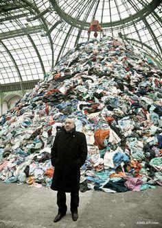 Christian Boltanski :: monumenta 2010 DISPARITION PAR LA MASSE