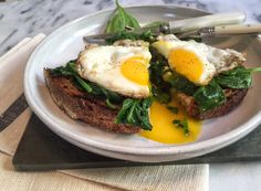 Everyday One-Pan Eggs / Mom's Kitchen Handbook