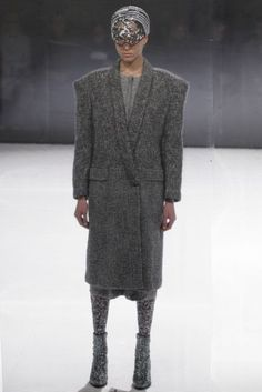 Anrealage Autumn/Winter 2016 Ready-To-Wear Collection | British Vogue