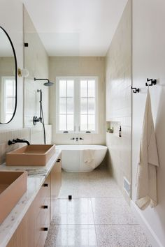 Terrazzo tiles and a very interesting small bathroom layout Bathroom Styling, Bathroom Interior Design, Home Interior, Earthy Bathroom, Natural Bathroom, Bathroom Modern, Scandinavian Bathroom Design Ideas, Zen Bathroom Design, Timeless Bathroom