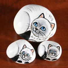 Painted stone - cats | Rock Painting.... | Pinterest | Painted ...