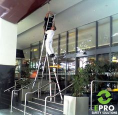 #EPROSafety #Safety #Training #SafetyTraining #Construction #Equipment #Instructor #Classroom #OSHA #Business #Entrepreneur #Unsafe #Fail #ladders