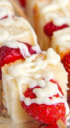 Strawberry Shortcake Kabobs ~ stick shortcake cubes and fruit on a skewer, drizzle with white chocolate