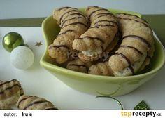 Slepované vlašské rohlíčky recept - TopRecepty.cz Czech Recipes, Graham Crackers, Christmas Baking, Baking Recipes, Rum, Sausage, Almond, Muffin, Food And Drink