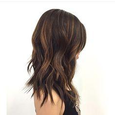 Mid length and textured beach waves. Hair cut and style by @amrahkennedyhair #hair #hairenvy #hairstyles #beachyhair #brunette #newandnow #inspiration #maneinterest