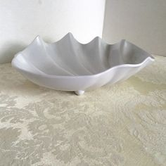 Vintage Clam Shell Serving Bowl by vintagepoetic on Etsy
