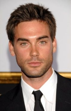 drew fuller just watched him in some movie