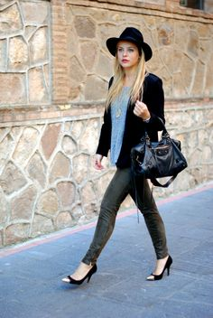 Miss Marbles by Claudia Albons: Look of the Day: Green pants & Black hat