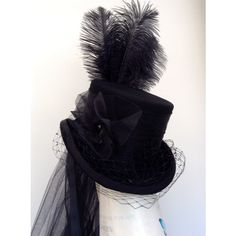 A Madame Vastra Cosplay hat with veil.