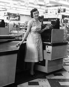 These Vintage Photos Prove Publix Has Always Been Awesome - Publix started in Winter Haven, FL in 1930. Publix: Where Shopping is a Pleasure""