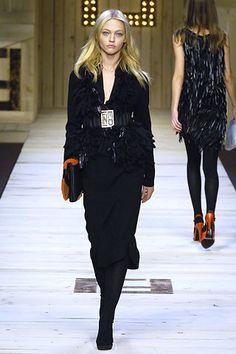 Fendi Fall 2007 Ready-to-Wear Fashion Show - Raquel Zimmermann