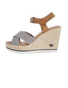 3c140b942cee 11 Best shoes images