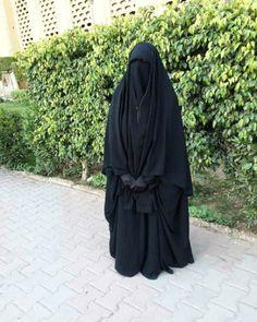 Something Lovely, Nothing Terrible Muslim Hijab, Hijab Niqab, Mode Hijab, Arab Girls Hijab, Muslim Girls, Muslim Couples, Hijabi Girl, Girl Hijab, Burka Style