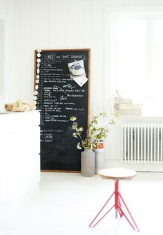 blackboard by Mokkasin... Perfect for all our crazy full days. And even better to have amongst a space with very little!
