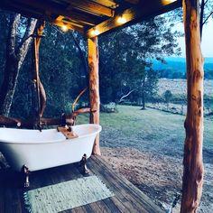 Claw foot bath on the veranda of Outdoor Baths, Outdoor Bathrooms, Clawfoot Tub Bathroom, Small Bathroom, Cottage In The Woods, Cabins In The Woods, Farm House, My House, Claw Foot Bath