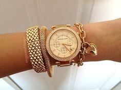 Amor eterno a los relojes dorados