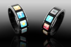 Touch Screen Bracelet with displays for the weather, stock exchange, GPS, text messaging, Facebook, music, running, health monitoring, ...