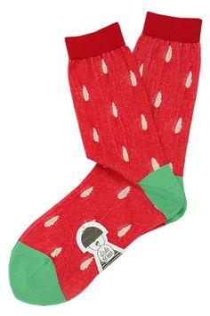 didi zizi strawberry socks. ディディジジ メラメラいちご柄ソックス MAJOJO