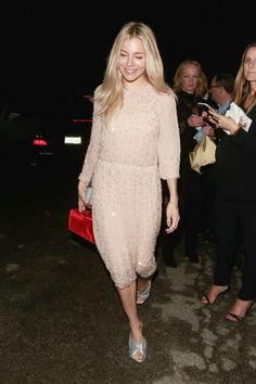 SiennaMiller #actress #americanactress #celebstyle #celebrety #style #fashion #hitgirl #outfit