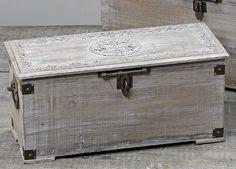 Wunderschöne Holztruhe Truhe Holzbox Länge: 68cm kuheiga https://www.amazon.de/dp/B005D67SBK/ref=cm_sw_r_pi_dp_FVzwxbQ9HJ8K7