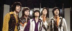 Qual foi a primeira Boys Band da História da Música?  #bandboy #bandaboys #bandasdosanos90 #bandasinglesas #bandasinglesasfamosas #boybandanos90 #boybandbrasileira #boybandsanos90 #boybandsatuais #boygroups #boybands #boysband #celebridades #fiveboyband #jpopboybands #musicaboy #newboyband