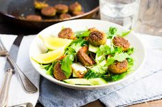 Spicy falafel met frisse salade