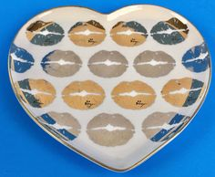 Betsey Johnson Porcelain Plate Tray White Heart Shaped Gold Silver Lip Gold Trim