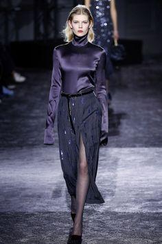 http://www.businessoffashion.com/fashion-week/2016aw/nina-ricci/collection/look/40