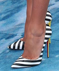 Blake Lively in Christian Louboutin pumps Supernatural Style Dream Shoes, Crazy Shoes, Cute Shoes, Me Too Shoes, Cheap Christian Louboutin, Hot Heels, Stilettos, Pumps Heels, Stiletto Heels