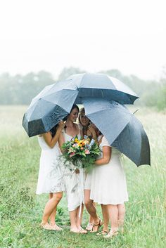 #Woodland / #bohemian inspired wedding party in a #whimsical field in Nova Scotia! #umbrellas #love #wedding #bridal #bouquet #forest #bouquet #whitedresses #beautiful #flowers