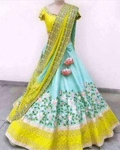 Lehenga Saree Design, Half Saree Lehenga, Lehnga Dress, Lehenga Choli Online, Bridal Lehenga Choli, Silk Lehenga, Lehenga Designs, Lehenga Wedding, Indian Lehenga