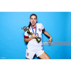 724 Likes, 4 Comments - Alex Morgan Alex Morgan Soccer, Good Soccer Players, Baby Horses, Team Pictures, These Girls, How To Run Longer, Boss Lady, Role Models, Realism Art