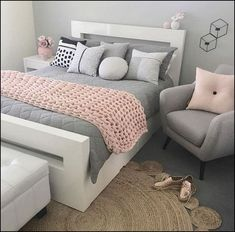 Awesome Splendid Small Bedroom Ideas For Teens. Awesome Splendid Small Bedroom Ideas For Teens. Cute Bedroom Ideas, Room Ideas Bedroom, Trendy Bedroom, Bedroom Colors, Bedroom Decor, Bed Room, Bedroom Themes, Bedroom Small, Bedroom Bed