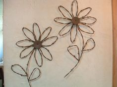 Barbed Wire Art Handcrafted   Rustic Western Rusty Barbed Wire Sunflower Wall Decor Set of 2 Flowers