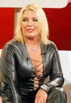 Kim Wilde, Blondie Debbie Harry, Leather Jacket, Candy, Pop, Woman, Stars, Jackets, Fashion