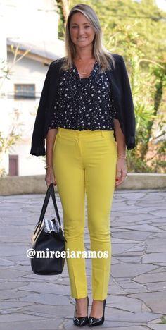 Look de trabalho - look do dia - look corporativo - moda no trabalho - work outfit - office outfit - fall outfit - frio - look de outono - calça amarela - Yellow pants - Black - executiva
