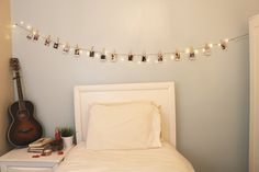 Hanging Polaroid pictures on your wall has never been easier (or cuter! Hang y… Hanging Polaroid pictures on your wall Hanging Polaroids, Polaroid Wall, Polaroid Pics, Polaroids On Wall, Polaroid Pictures Display, Polaroid Display, Polaroid Ideas, Diy Wall Decor For Bedroom, Bedroom Wall