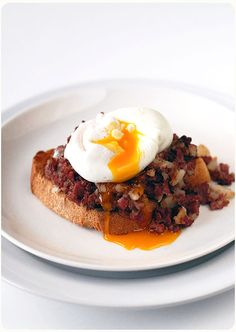 Man, I haven't made corned beef hash in far too long.
