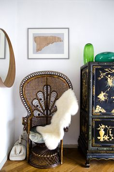 peacock chair & chinese credenza in my daughter's bedroom Room Inspiration, Interior Inspiration, Boho Home, Up House, Eclectic Decor, Bohemian Decor, Bohemian Style, Decoration, Home And Living