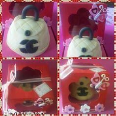 Cupcakes cartera en cajitas personalizadas