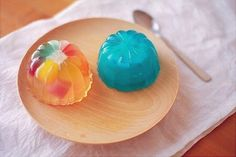 Image discovered by leamfoom. Find images and videos about cute and jelly on We Heart It - the app to get lost in what you love. Cute Desserts, No Cook Desserts, No Cook Meals, Japanese Treats, Japanese Food Art, Japanese Desserts, Yummy Treats, Sweet Treats, Japanese Wagashi