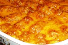 Cheesy tator tot casserole, this looks really yummy.