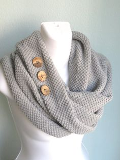 Knitted Infinity Scarf With Buttons Woman by DesignerScarvesWorld, $15.99