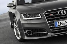 Audi leva A8 renovado a Frankfurt