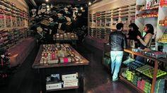 Loja das Conservas. 325 variedades sem faltar o caviar português Lisbon, Caviar, Arsenal, Shops, Interior Design, Country, Cool Stuff, Best Snacks, Lisbon Portugal