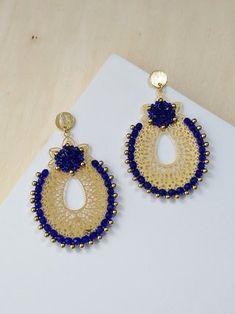 Brick Stitch, Jewelry Design, Jewelry Ideas, Embroidery Designs, Jewerly, Crochet Earrings, Drop Earrings, Beads, Bracelets