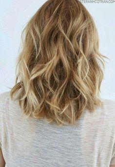 Afbeelding via We Heart It #blonde #girl #hair #hairstyle #nice #pretty #short…