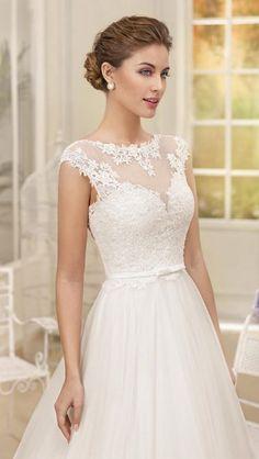 Wedding Dress by Fara Sposa 2017 Bridal Collection 1468668334-0